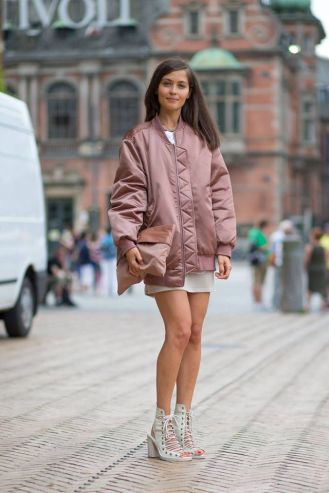 bomber-jacket-outfit-winter20