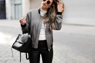 green-bomber-jacket-dressed4dreams_3452